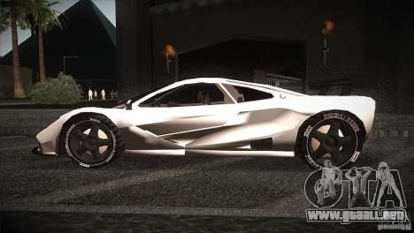 McLaren F1 LM para GTA San Andreas left