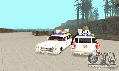 Ghostbusters ECTO 1 para GTA San Andreas vista hacia atrás