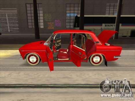 Estilo Resto VAZ 2103 para visión interna GTA San Andreas