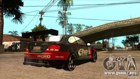 BMW 135i Coupe GP Edition Skin 2 para la visión correcta GTA San Andreas