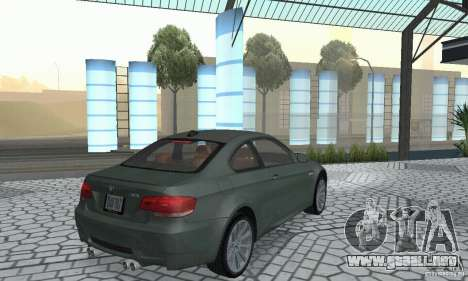 BMW M3 E92 Stock para GTA San Andreas vista posterior izquierda