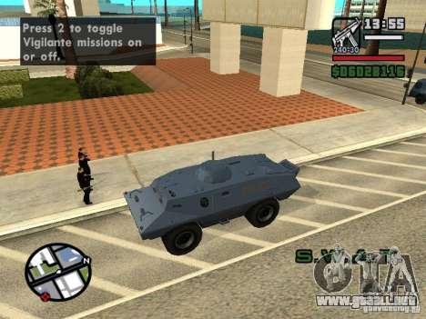 SWAT y el FBI carro pasear por las calles de para GTA San Andreas quinta pantalla