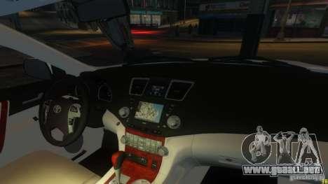 Toyota Highlander 2012 v2.0 para GTA 4 vista lateral