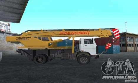 MAZ camión grúa para GTA San Andreas left