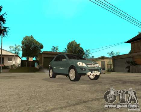 Mercedes-Benz ML 500 para GTA San Andreas vista hacia atrás