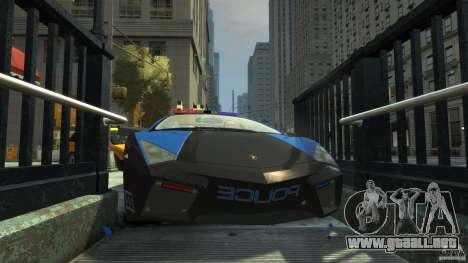 Lamborghini Reventon Police Hot Pursuit para GTA 4 vista desde abajo