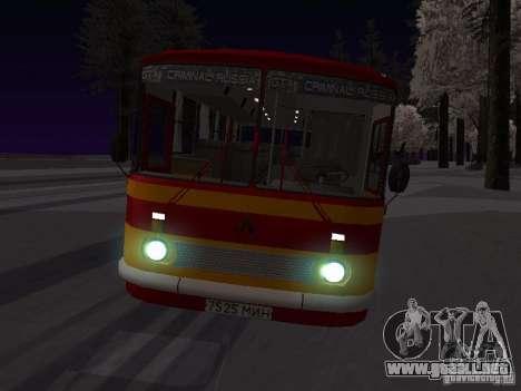 LAZ 697N para visión interna GTA San Andreas