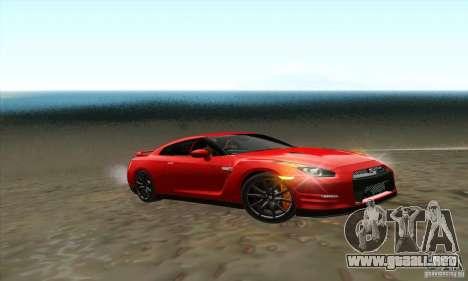 Nissan GT-R R-35 2012 para la visión correcta GTA San Andreas
