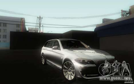 BMW F11 530d Touring para vista lateral GTA San Andreas