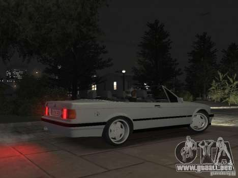BMW 3-er E30 para GTA 4 vista interior