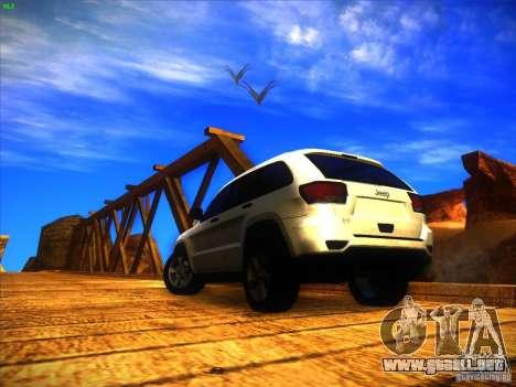 Jeep Grand Cherokee 2012 v2.0 para GTA San Andreas left