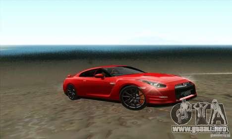 Nissan GT-R R-35 2012 para GTA San Andreas vista posterior izquierda