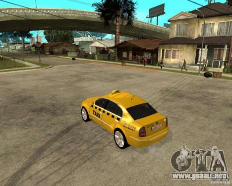 Skoda Superb TAXI cab para GTA San Andreas vista posterior izquierda