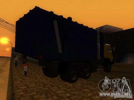 Camión KAMAZ 53212 basura para GTA San Andreas vista posterior izquierda