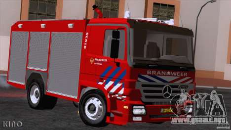Mercedes-Benz Actros Fire Truck para GTA San Andreas left