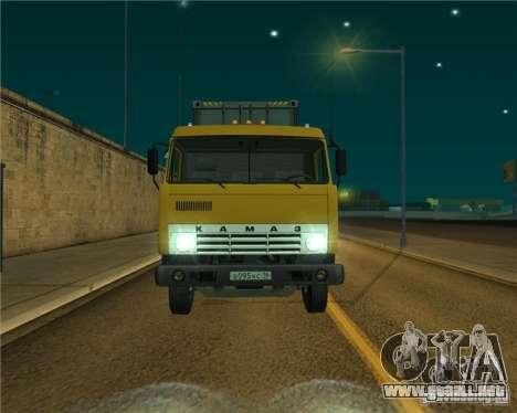 KAMAZ-54112 para GTA San Andreas left