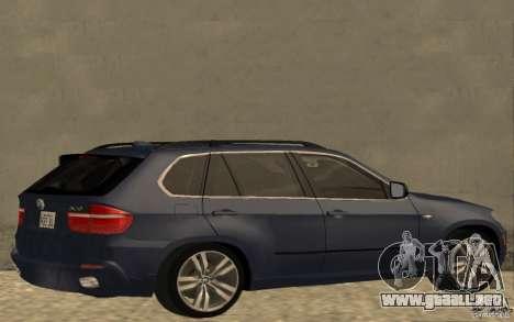 BMW X5 M 2009 para GTA San Andreas vista posterior izquierda
