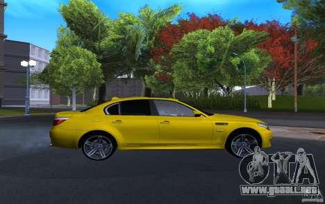BMW M5 Gold Edition para la visión correcta GTA San Andreas