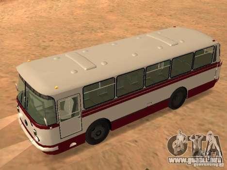 LAZ 695 para la visión correcta GTA San Andreas