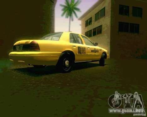 Ford Crown Victoria 2003 NYC TAXI para la visión correcta GTA San Andreas