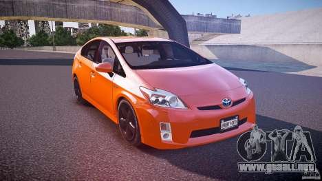 Toyota Prius 2011 para GTA 4 vista lateral