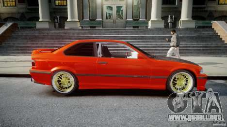 BMW E36 Alpina B8 para GTA 4 vista lateral