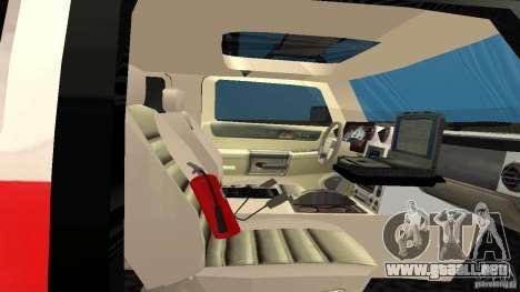 HUMMER H2 Amulance para GTA San Andreas vista hacia atrás
