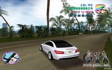 Mercedes-Benz E Class Coupe C207 para GTA Vice City vista lateral izquierdo