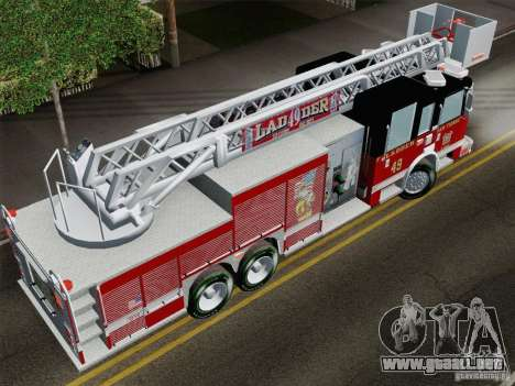 Pierce Rear Mount SFFD Ladder 49 para GTA San Andreas vista hacia atrás