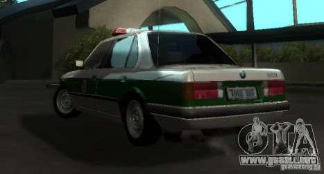 BMW E30 Sedan Police para GTA San Andreas vista posterior izquierda