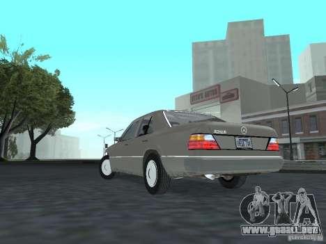 Mercedes-Benz 250D para GTA San Andreas vista posterior izquierda