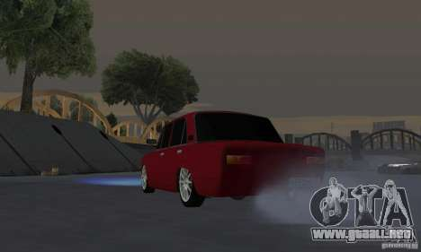 VAZ 2101 Restyling para GTA San Andreas vista hacia atrás