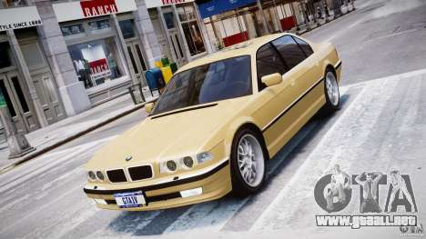 BMW 750i v1.5 para GTA 4 vista interior