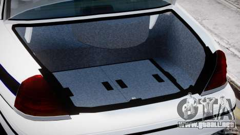 Ford Crown Victoria FBI Police 2003 para GTA 4 vista interior