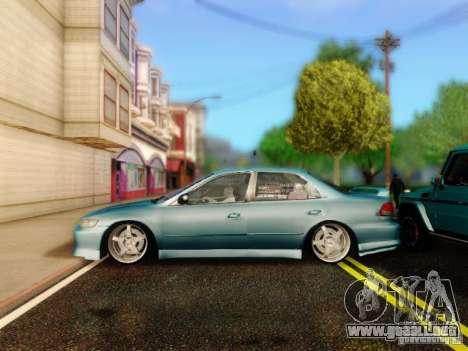 Honda Accord 2001 para la visión correcta GTA San Andreas