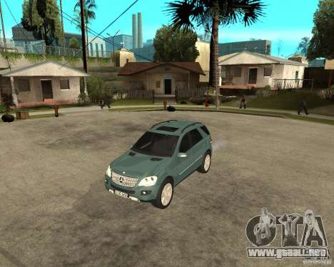 Mercedes-Benz ML 500 para GTA San Andreas left