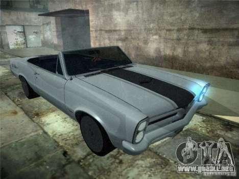 Pontiac GTO 1965 para GTA San Andreas vista posterior izquierda