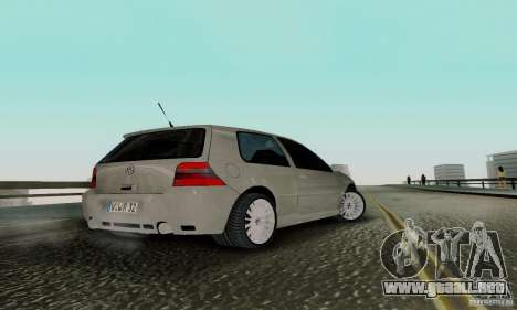 Volkswagen Golf 4 para GTA San Andreas left