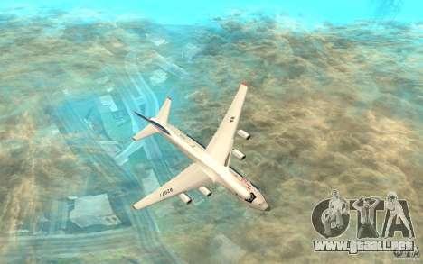 El an-124 Ruslan para GTA San Andreas vista posterior izquierda