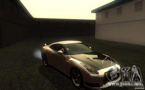 Nissan GTR R35 Spec-V 2010 para GTA San Andreas vista hacia atrás