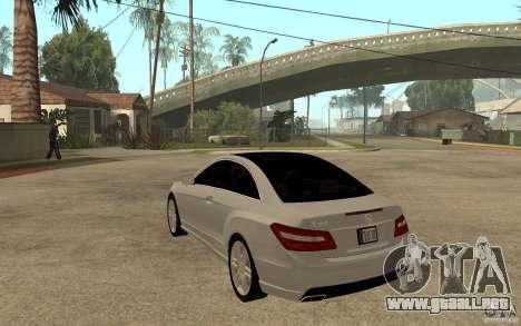 Mercedes Benz E-CLASS Coupe para GTA San Andreas vista posterior izquierda