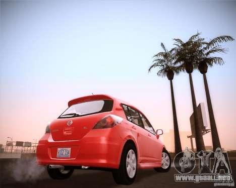 Nissan Versa Stock para GTA San Andreas vista posterior izquierda