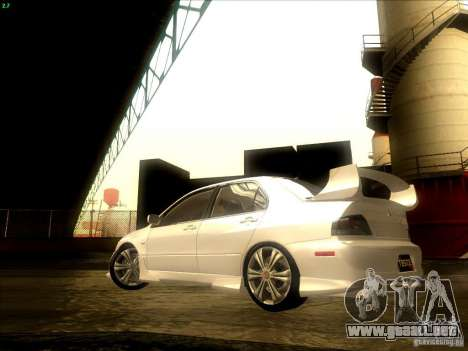 Mitsubishi Lancer Evolution VIII Full Tunable para vista lateral GTA San Andreas