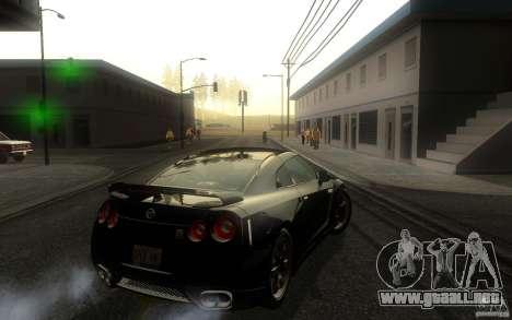 Nissan GTR R35 Spec-V 2010 para la visión correcta GTA San Andreas
