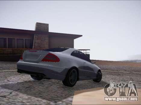 Mercedes-Benz CLK para GTA San Andreas vista posterior izquierda