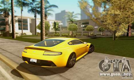 Aston Martin V12 Vantage para GTA San Andreas vista hacia atrás