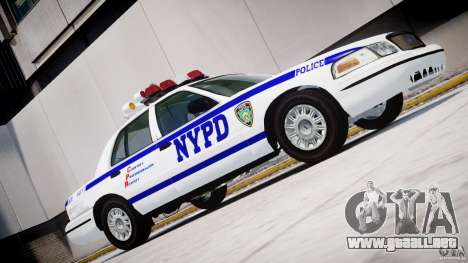 Ford Crown Victoria NYPD para GTA 4 left