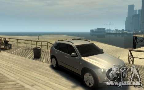 BMW X5 E70 Chrome para GTA 4 vista hacia atrás