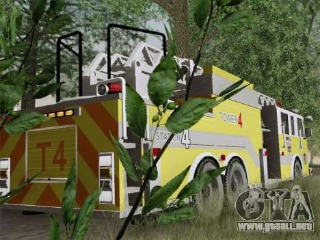 Pierce Arrow XT BCFD Tower Ladder 4 para el motor de GTA San Andreas