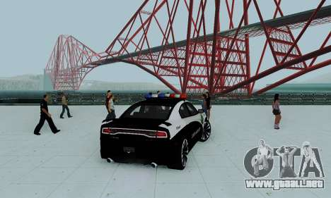 Dodge Charger 2012 Police para GTA San Andreas left